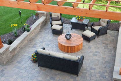 Paver patio with pergola
